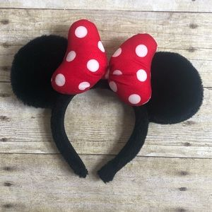 Disney Minnie Mouse big bow fluffy ears